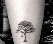 Black lines tattoos on legs