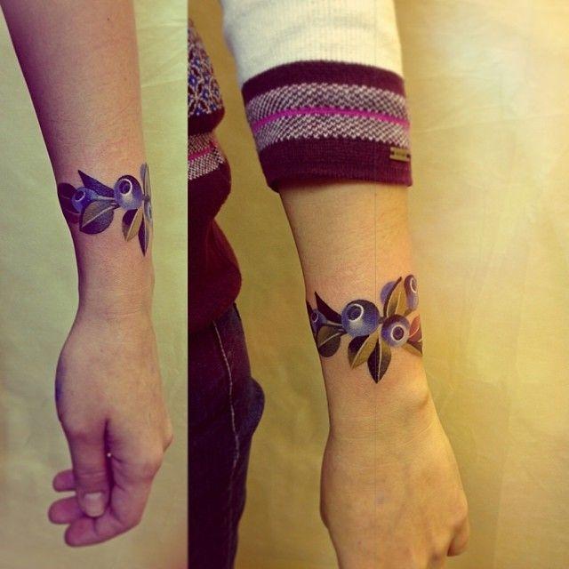 Sasha Unisex Tattoo Blueberries Bracelet
