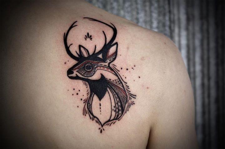 Simple tribal tattoo shoulder