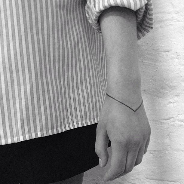 Bracelet Tattoo On Tumblr: Wrist Tattoo Minimalist Bracelet