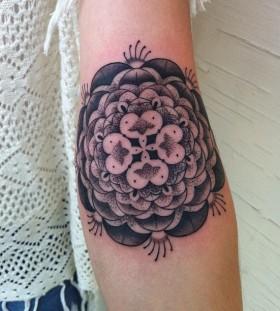 Black and white ornaments tattoo by Gemma Pariente
