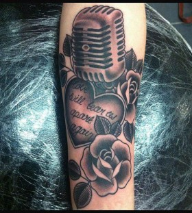 Heart and rose music style tattoo