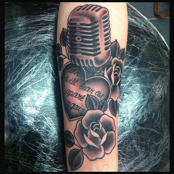 Heart and rose music style tattoo tattoomagz for Rose tattoo song