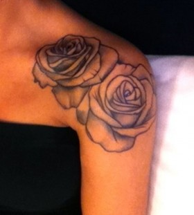 Black and white rose tattoo on shoulder tattoomagz black and white rose tattoo on shoulder mightylinksfo
