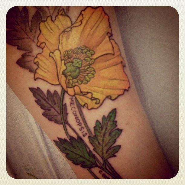 Traditional flower yellow tattoo tattoomagz traditional flower yellow tattoo mightylinksfo