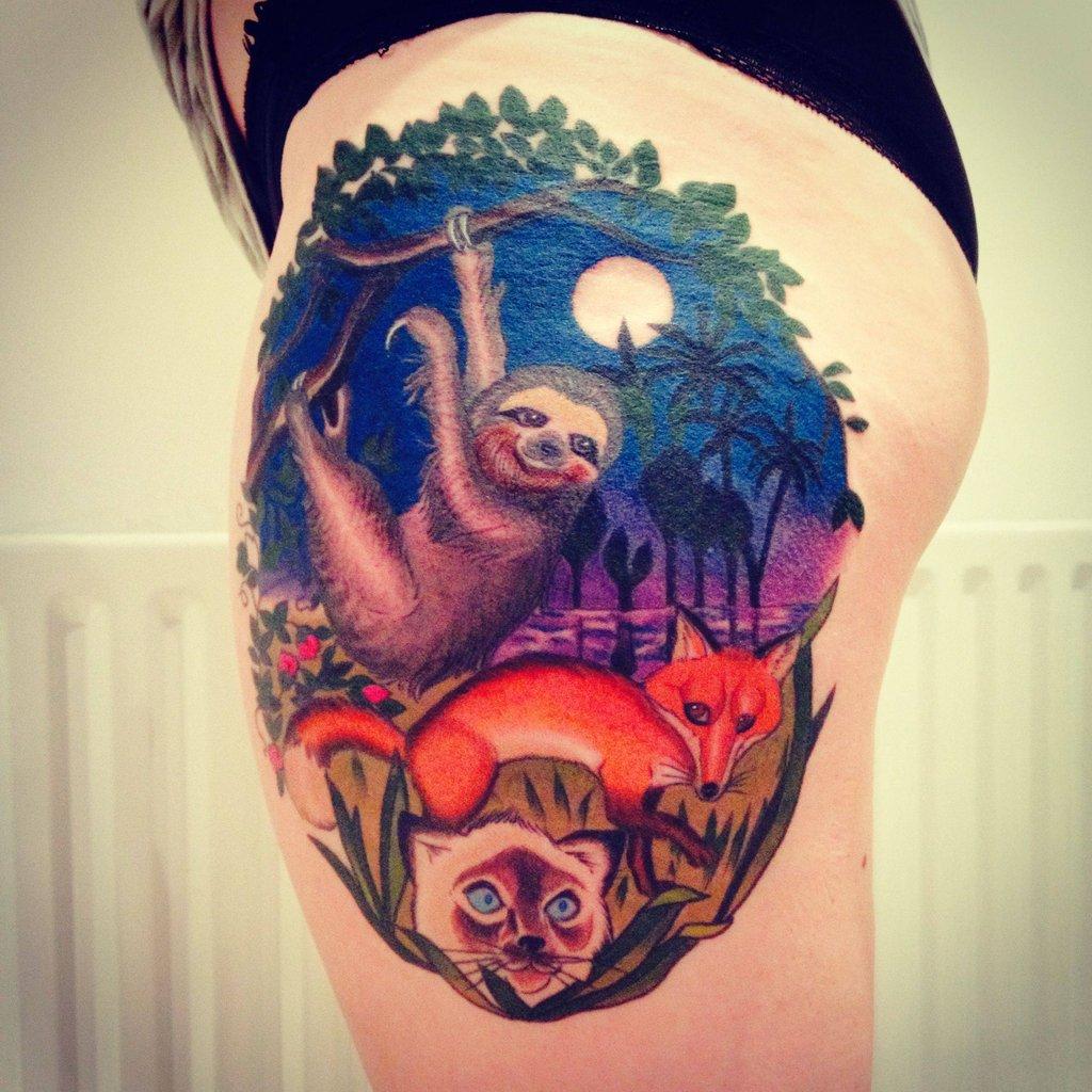 amazing sloth leg tattoo tattoomagz. Black Bedroom Furniture Sets. Home Design Ideas