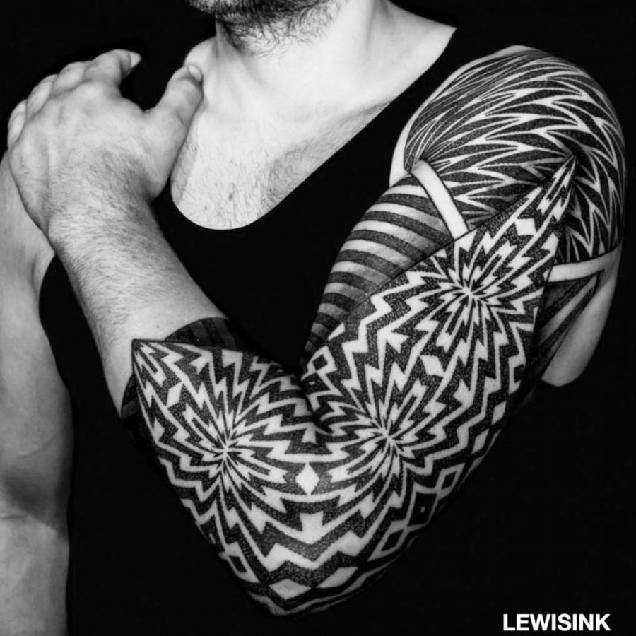 geometric tattoo by lewisink