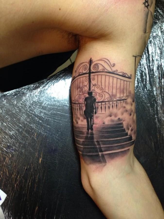 Heaven's gates tattoo by Razvan Popescu | 675 x 900 jpeg 127kB