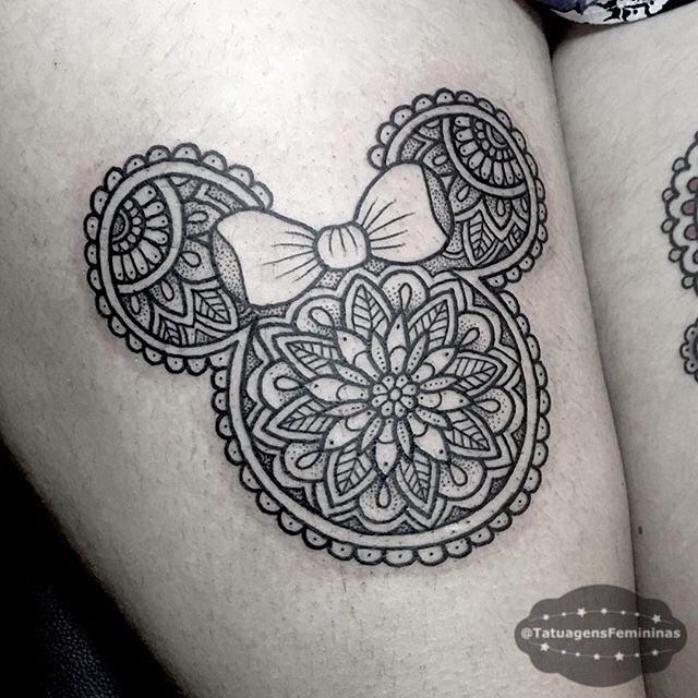 mandala-minie-mouse-tattoo-by-carolinederwenttattoo