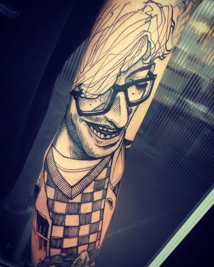portrait sketch style tattoo by lea nahon