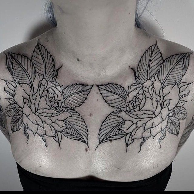Roses Chest Tattoo By Thomas Cardiff