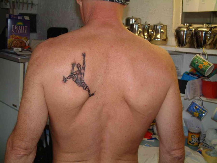 Cool Deer Back Men S Back Tattoo Tattoomagz