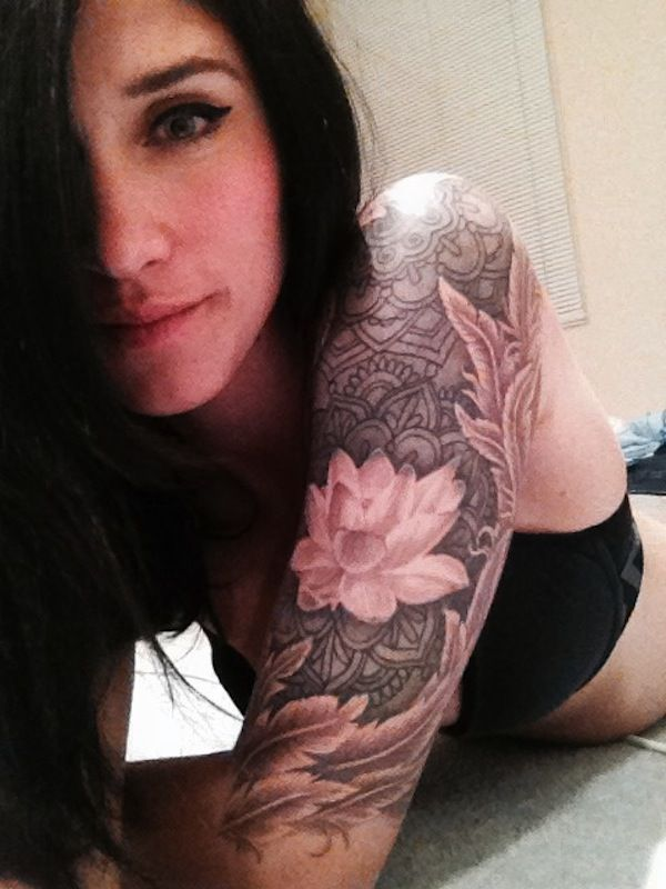 Black Hair Girl S Lotus Flower Tattoo Tattoomagz