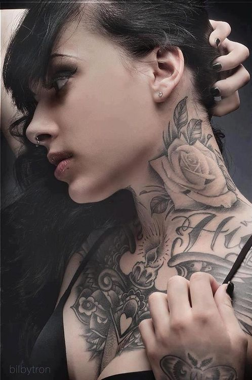 Amazing Girl S Neck Rose Tattoo Tattoomagz