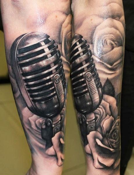 Vintage microphone tattoo by Riccardo Cassese | 461 x 600 jpeg 76kB