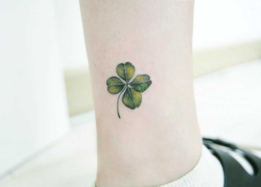 clover-tattoo-by-tattooist_banul