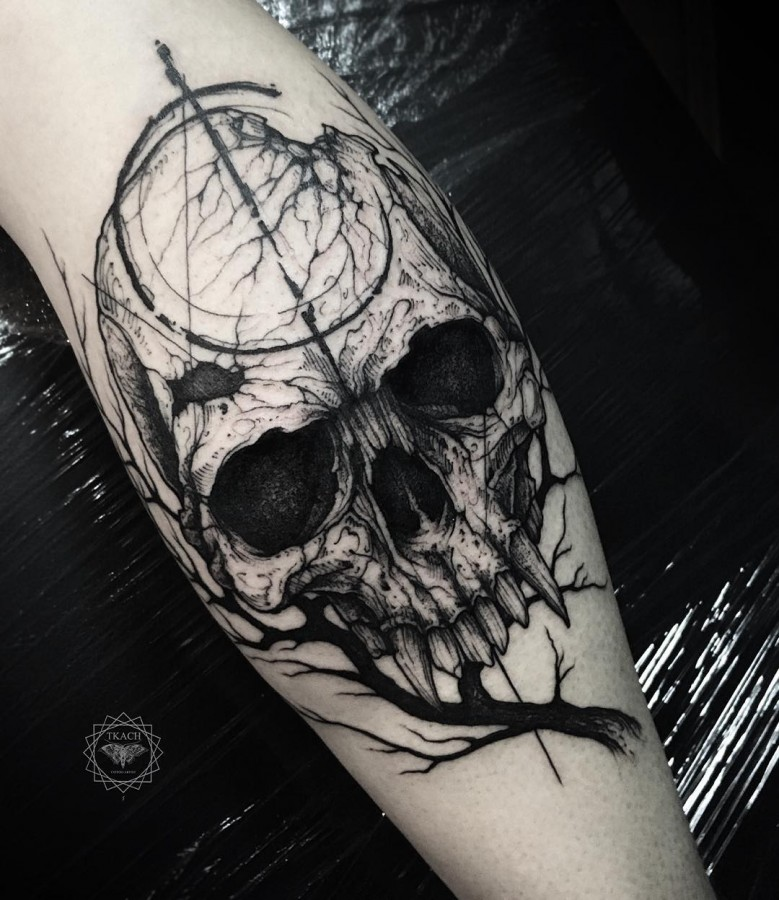 Literally the best 65 skull tattoos in history tattoomagz for Vampire skull tattoo
