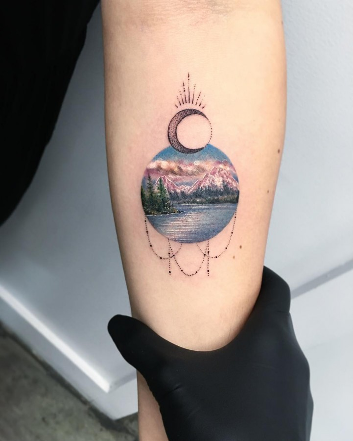 forest-and-mountain-circle-tattoo
