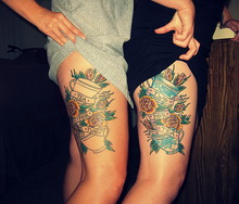 Lovely Matching Sister Thigh Tattoos - TattooMagz