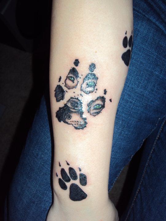 Wolf Paw Print Tattoo Sharp Eyes Tattoomagz