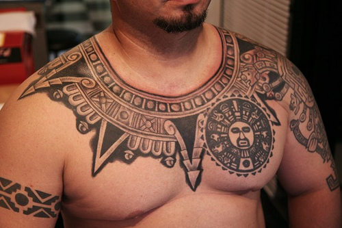 polynesian necklace tribal tattoo