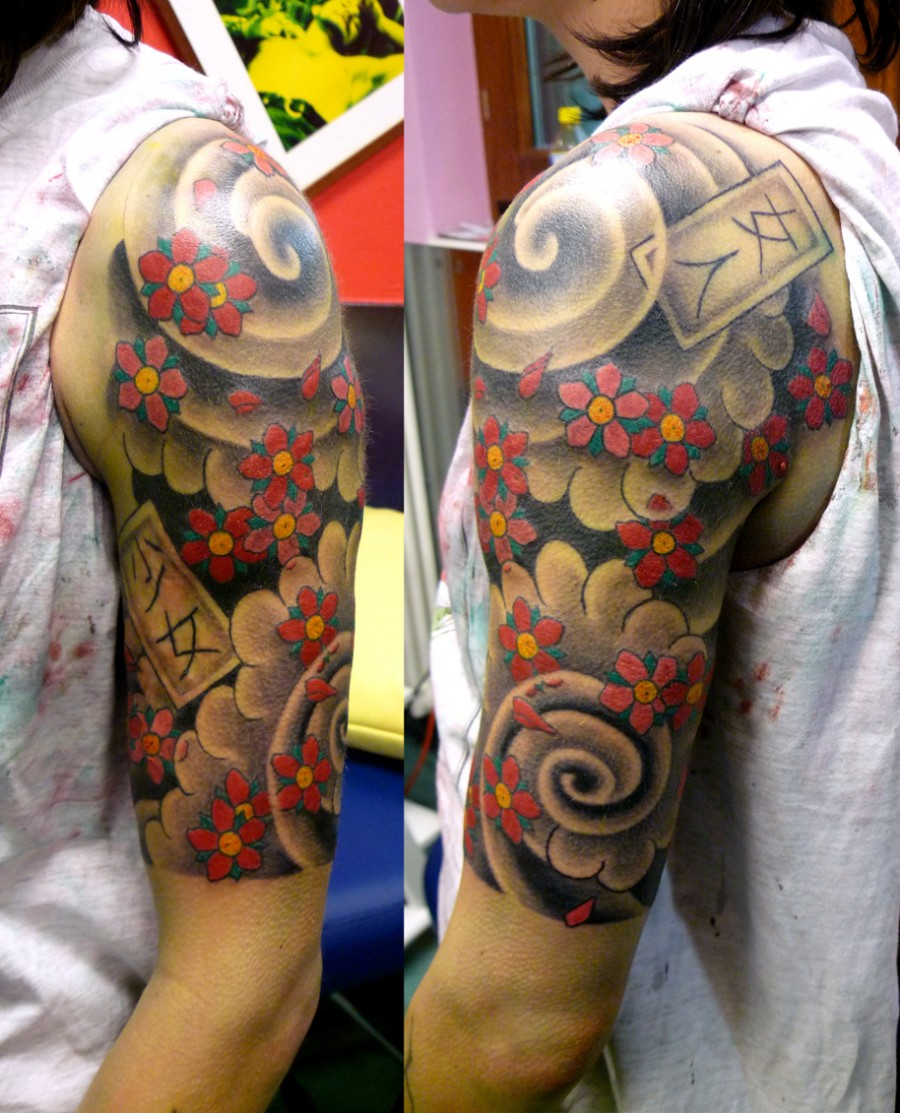 Awesome 3d quarter sleeve tattoo tattoomagz for 3d tattoos sleeves