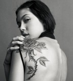 Beauty Lady with Exotic Rose Flower Tattoos on Back Shoulder - Tattoos for Women