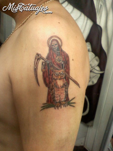 santa muerte tattoo side tattoomagz. Black Bedroom Furniture Sets. Home Design Ideas
