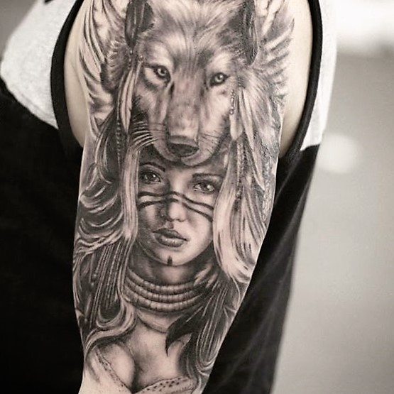 shaman-lady-with-wolf-tattoos