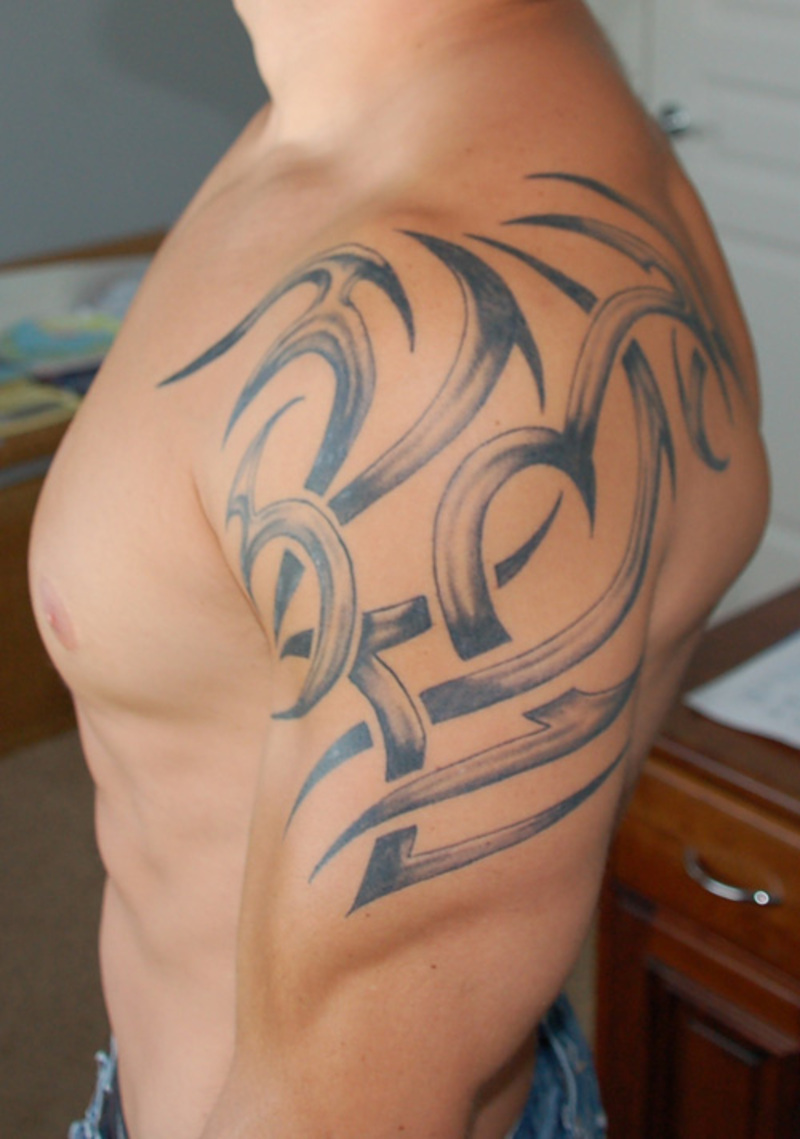 Cool Tattoo Shoulder Side On Body for Man - TattooMagz