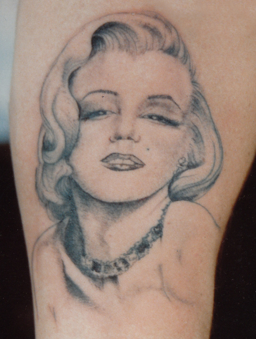Marilyn Monroe Head Pin-up Girl Tattoo Design for Women ...