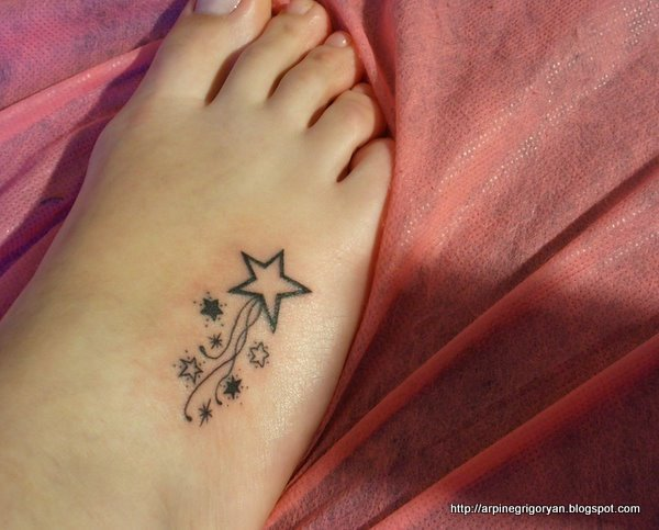 cute girls shooting stars tattoo on foot tattoomagz. Black Bedroom Furniture Sets. Home Design Ideas