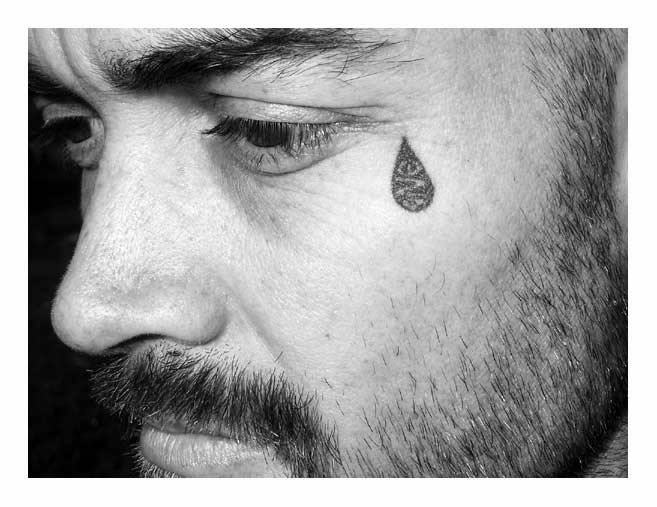 Cute teardrop tattoo design for men tattoomagz for Teardrop tattoos mean