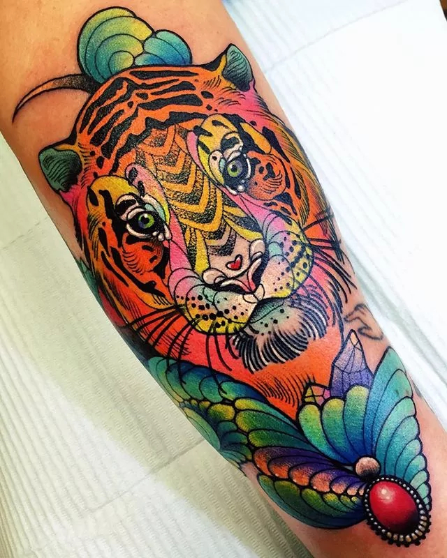 tiger trippy tattoo