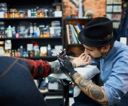 Freelance Tattoo Artist Life: How Much Do Tattoo Artists Make?