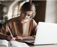 How To Write An Informative Essay For Your Good Grammar?