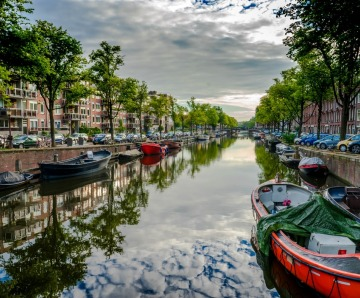 Travel: An Alternative Guide to Amsterdam