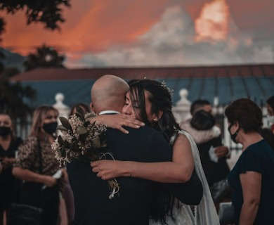 How to Mix Your Modern Lifestyle with Your Traditional Wedding?