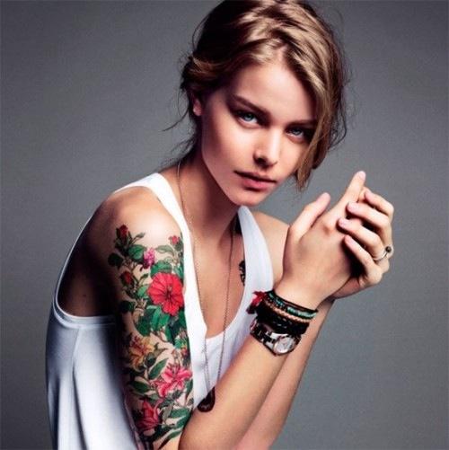 Beautiful-Girl-With-Sleeve-Tattoo