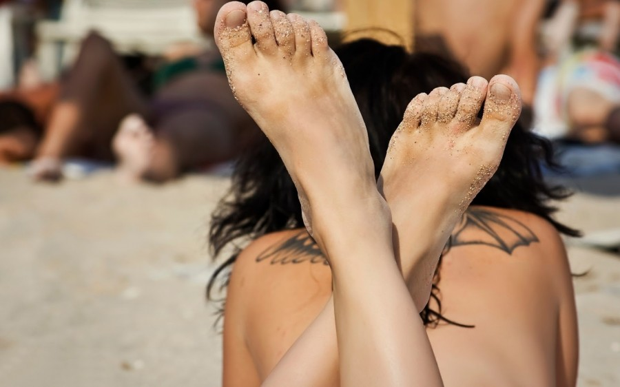 Girls with tattoo summer style  beautiful feet