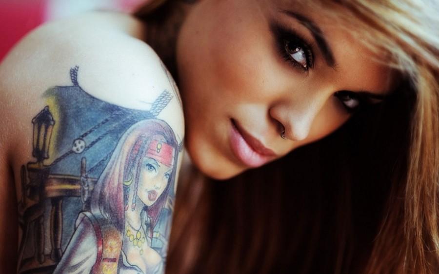 Girl tattoo blondie