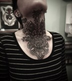 Amazing-neck-tattoo-767x1024