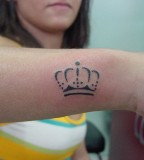 crown tattoo simple black