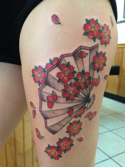 fan tattoo asian blossoms on thigh
