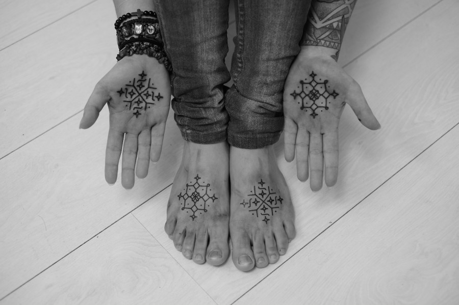 hands and feet snowflake tattoos by jean philippe burton