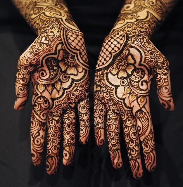 Stunning Bridal Mehendi tattoos