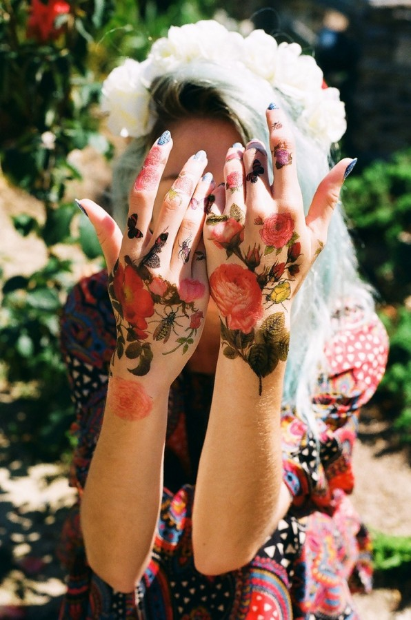 flower tattoo roses