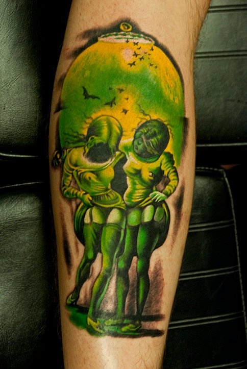 green tattoo optical illusion skull and two girls