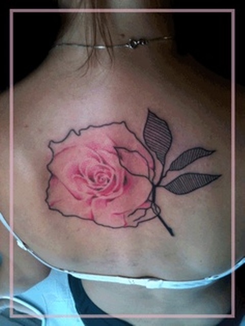 jessica mach tattoo pink rose on back