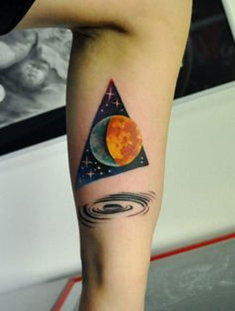 marcin aleksander surowiec tattoo the moon and stary triangle